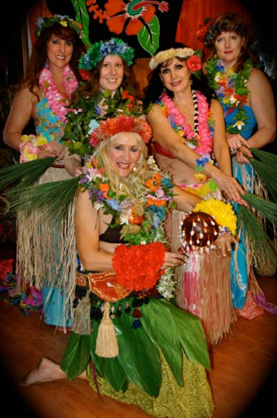 Troupe/hula-group.jpg